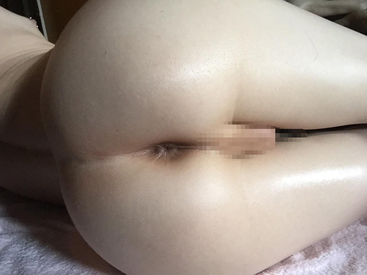 【NHエロ画像】(※閲覧注意)ぶら下げてるモノ不要ならくれw美形ニューハーフ(;´Д`)