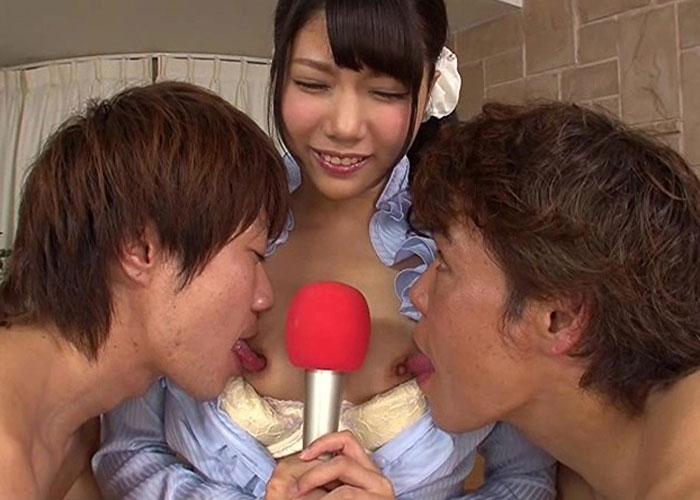 【エロ動画】スタジオで美尻露わにして肉棒と戯れる元地方女子アナ(;゚∀゚)=3 01