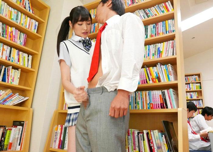 【エロ動画】風紀委員なのにこっそりエッチしまくる隠れビッチな美少女JK!(*゚∀゚)=3 01