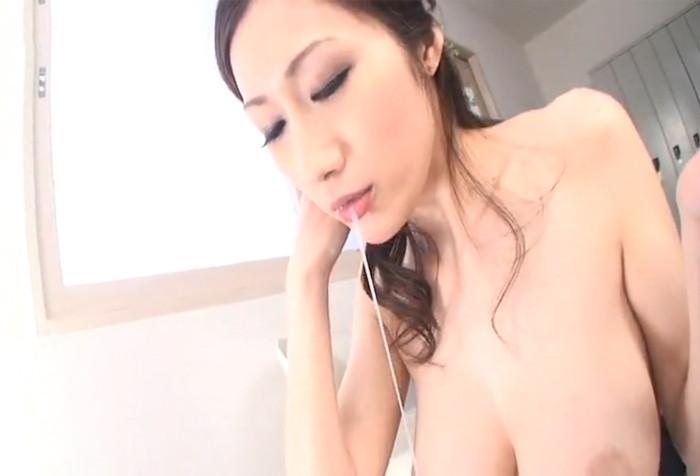 【口内射精エロ画像】女の子の口にめがけて男の欲望を吐き出すってやつw 09