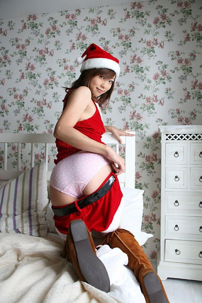 【サンタコスプレエロ画像】こんなサンタがクリスマスにやってきたらどうする? 16