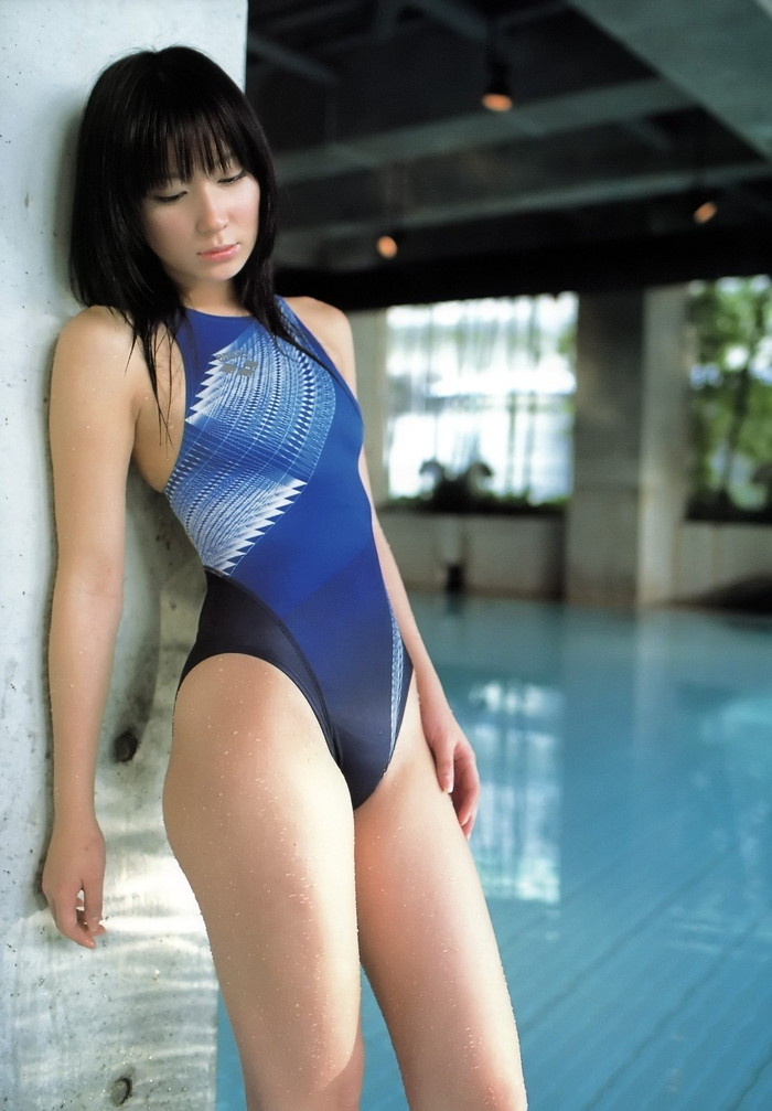 【競泳水着エロ画像】ビキニよりもよほどエロいと噂される競泳水着の女の子の画像集めたったw 11
